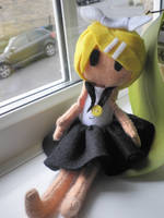 Button Jointed Rin Kagamine by shinatarou