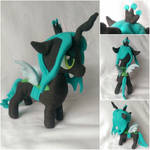Queen Chrysalis by FleeceFriendship