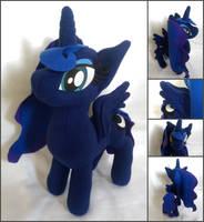 Princess Luna by FleeceFriendship