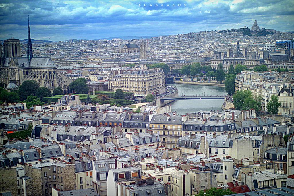 Paris by alahay