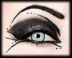Prom makeup for goths