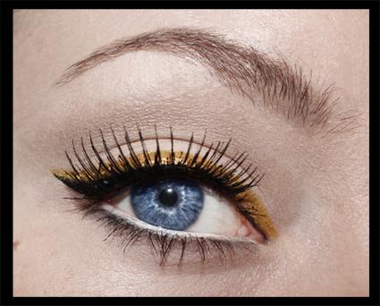 Black and gold retro style eyeliner by aurelia87