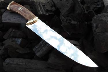 Custom 'Gothic' Camp Knife 1 by OSOFacasRS