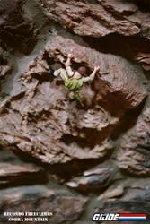 Recondo Freeclimbs Cobra Mountain