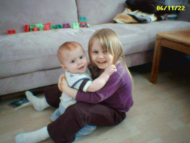 Hug by Tiamat1972