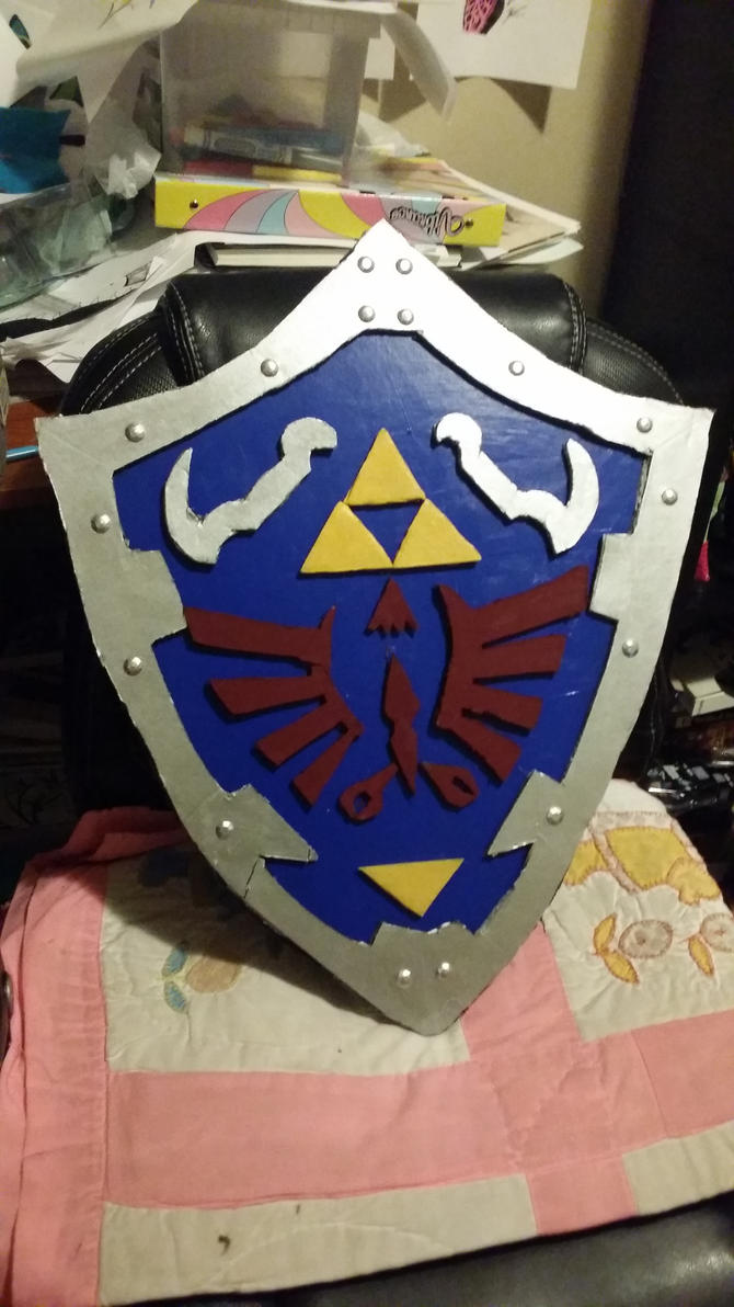 Zelda cosplay shield by WolffangComics