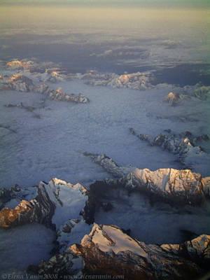 The Alps by Lluhnij