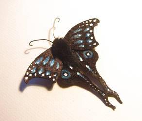 Butterfly (4) by Lluhnij