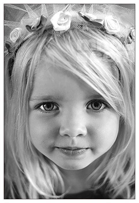 Princess Elli by mnoo
