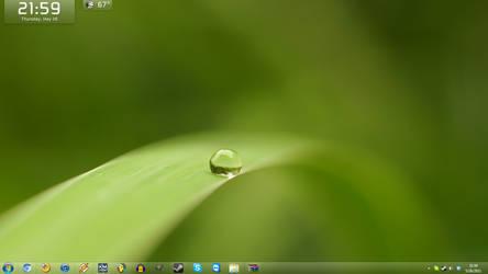 5-26-11 Desktop by TheBlackParrot