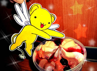 Kero-chan wants some ice cream by zhmogeliukas