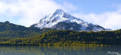 Snowy Peak by Massi-San