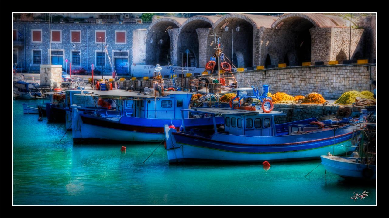 Plavo kao ... - Page 4 Heraklion_Harbour_Crete_by_etsap