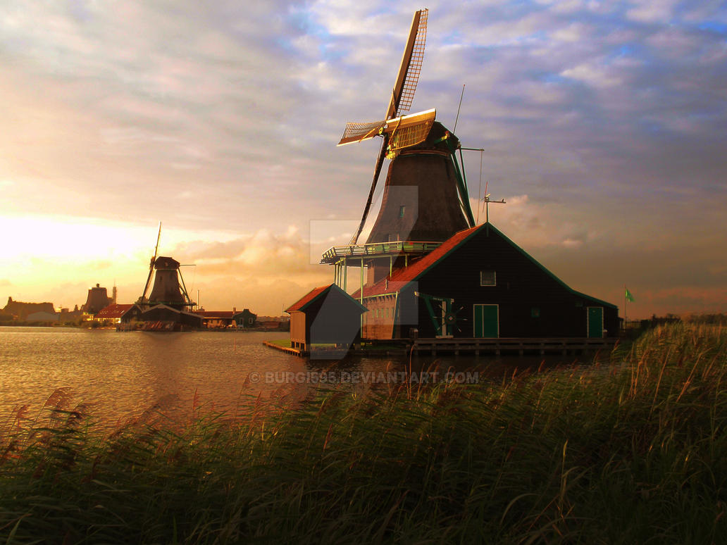 Windmill sunset by Burgi595