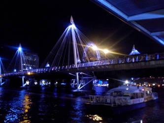 London Bridge by sandisco