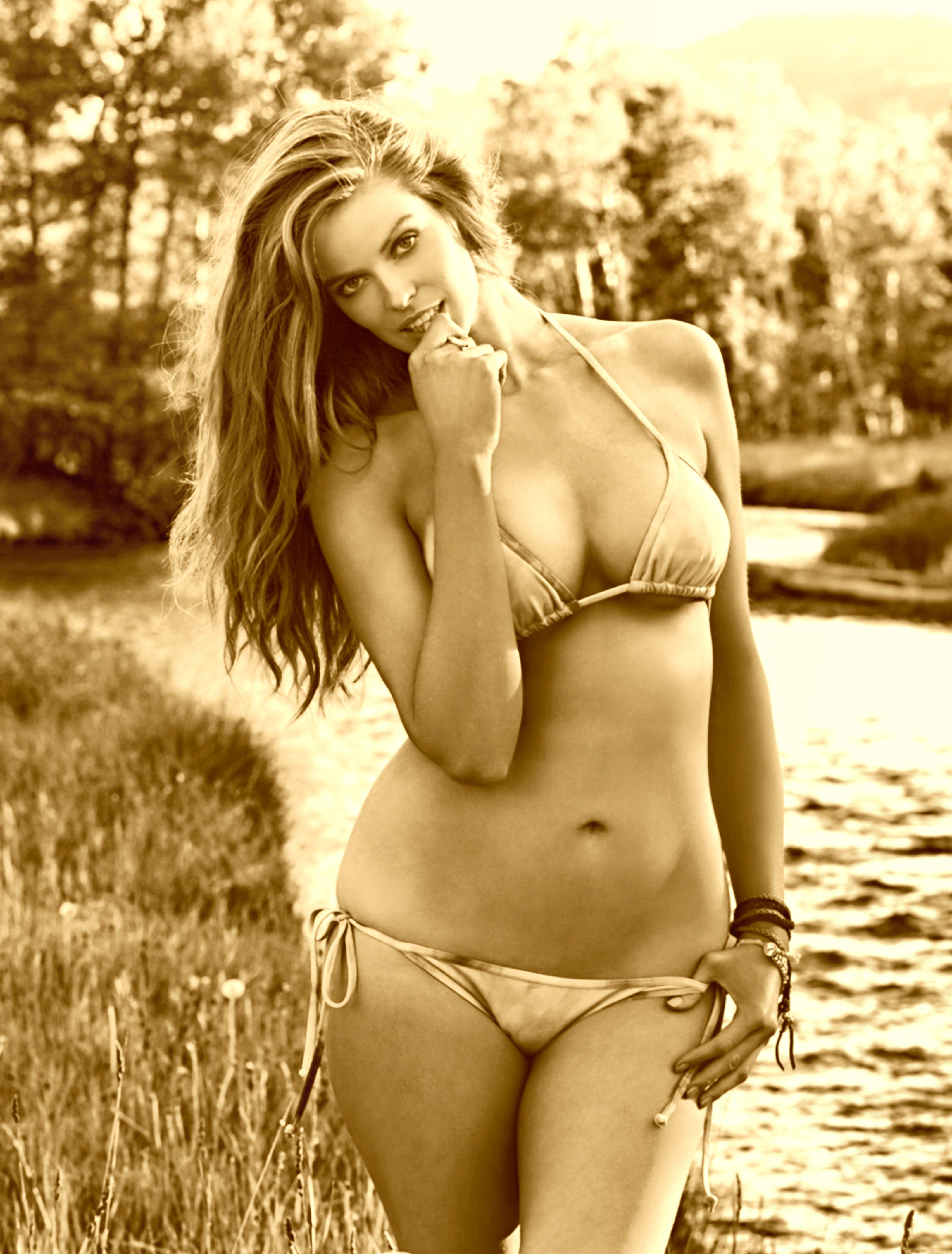 Фото молоденьких пышных голых девушек