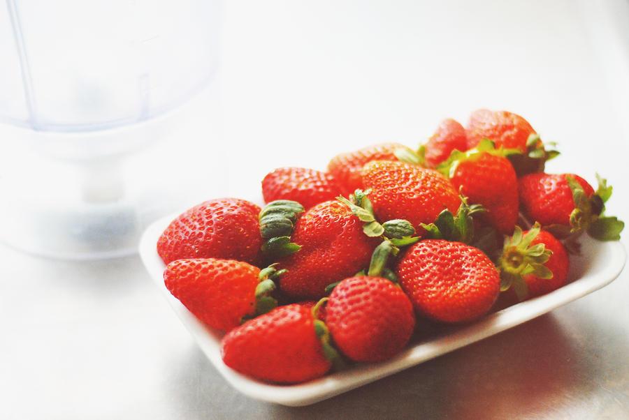 Strawberries by Sheisagirl