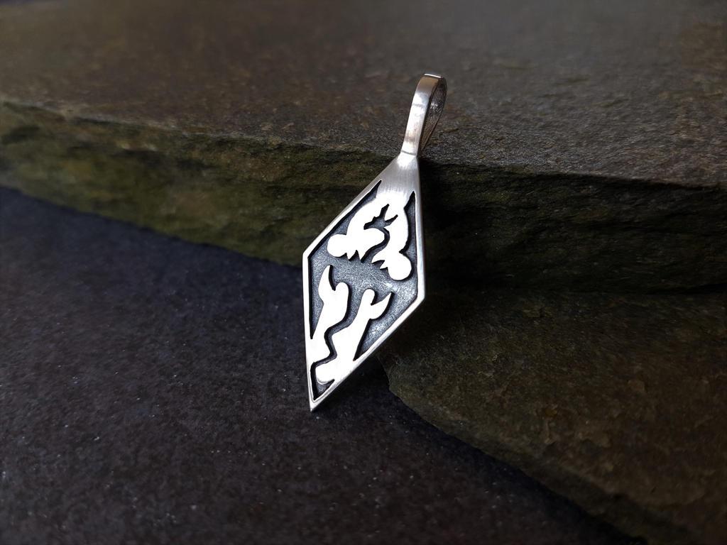 Silver skyrim pendant by casparh