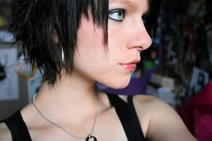 New Hair, New Look, New Me? by 88blackrose88