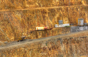 Gold Mine Hustle by EOSthusiast