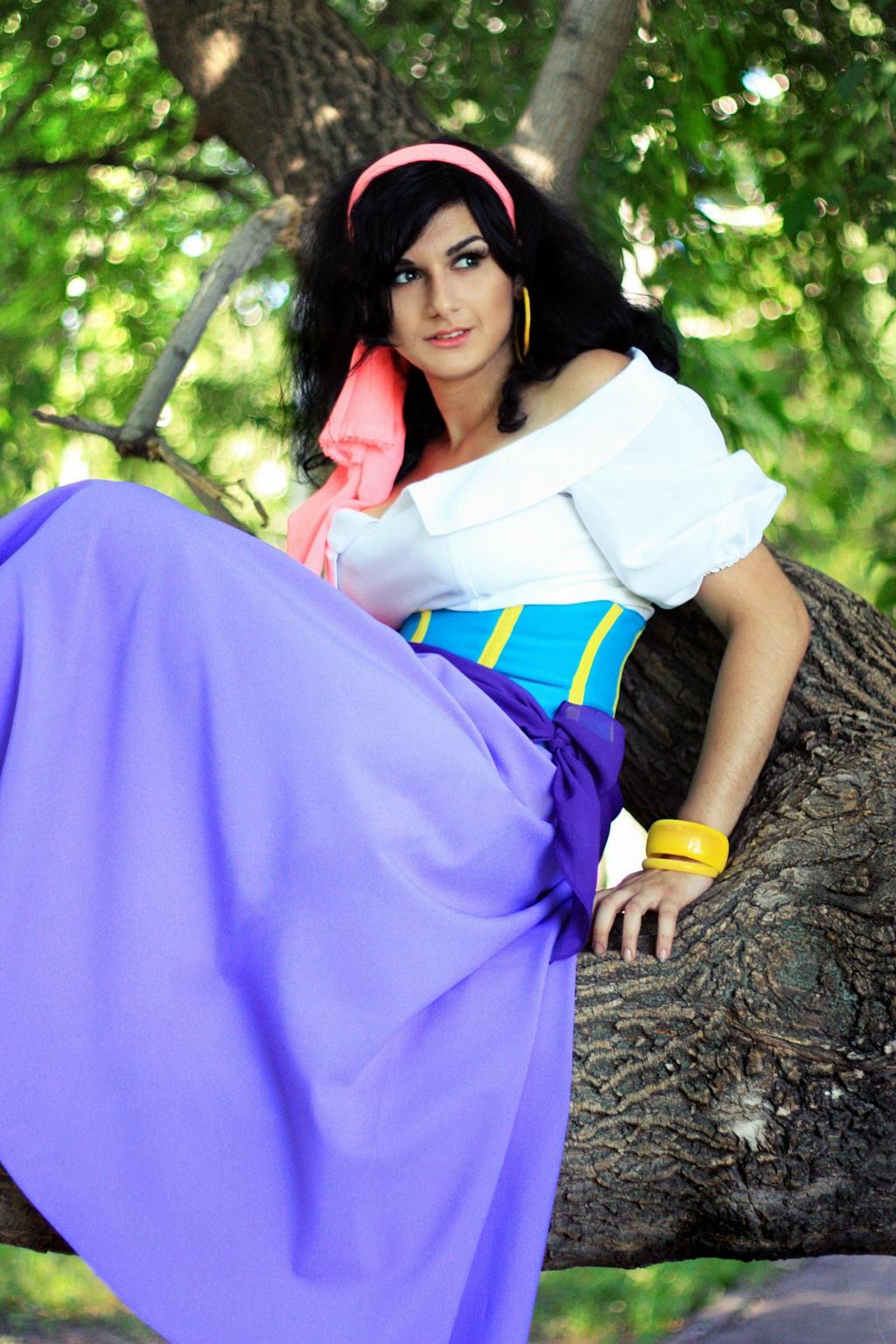 Esmeralda by Lust-ik