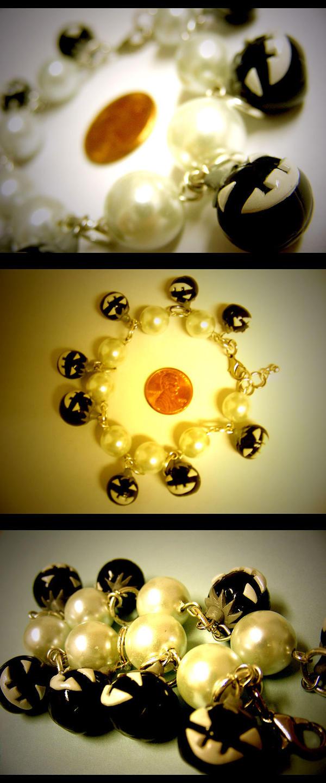 Jack-O-Lantern Bracelet by mayel411