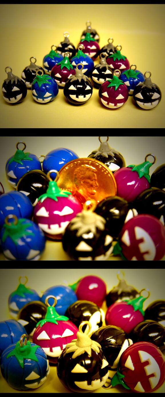 Jack-O-Lantern Minions by Clayquisite
