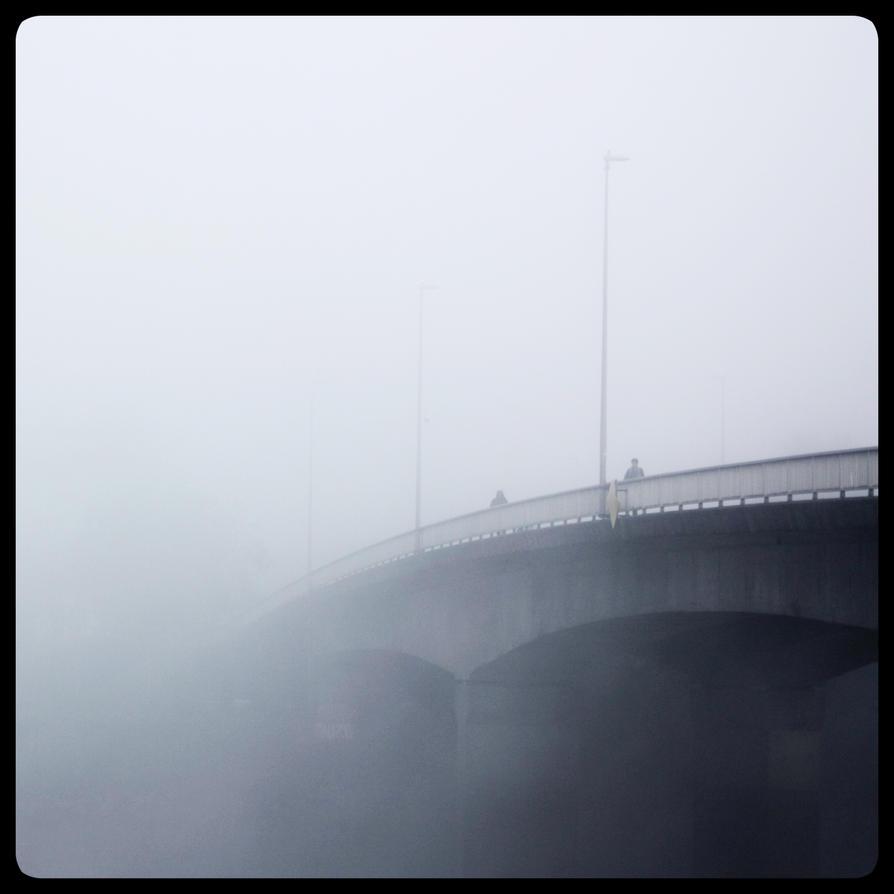 through the fog by exosquelette