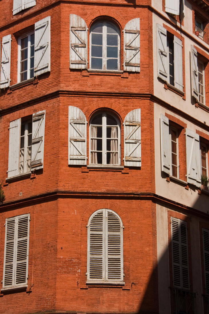 Toulouse IX by exosquelette