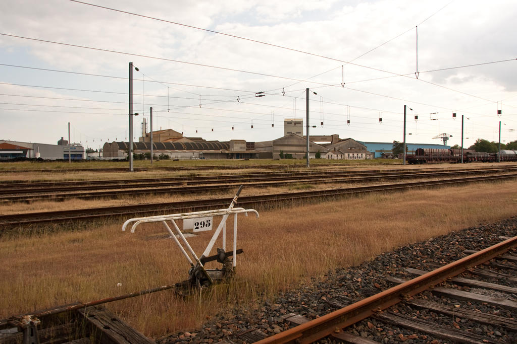 Railway by exosquelette
