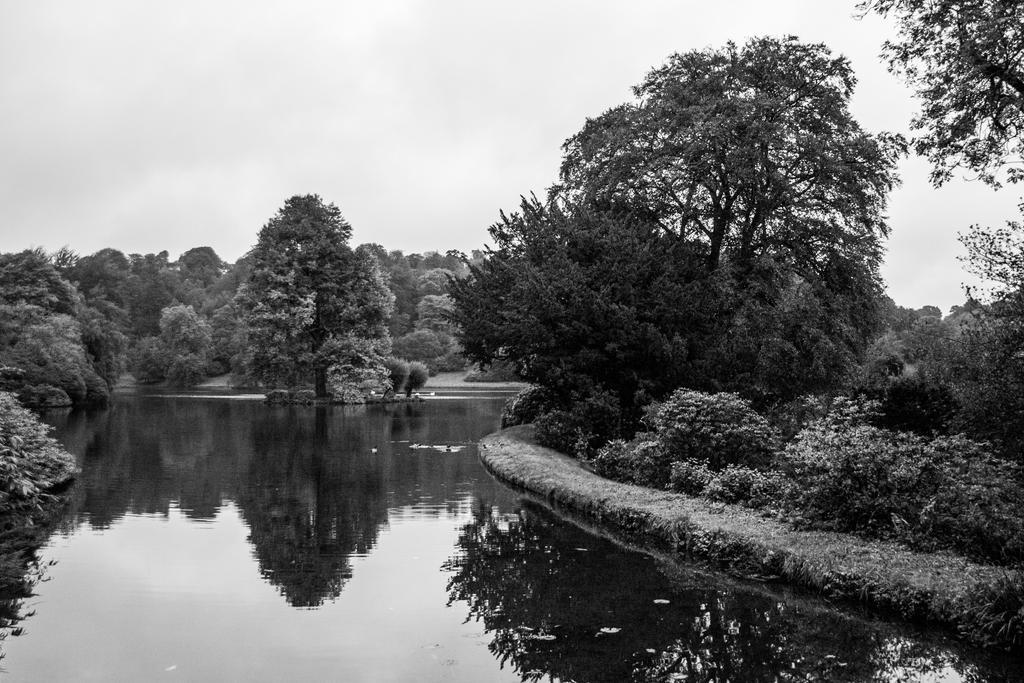 Garden Lake by exosquelette