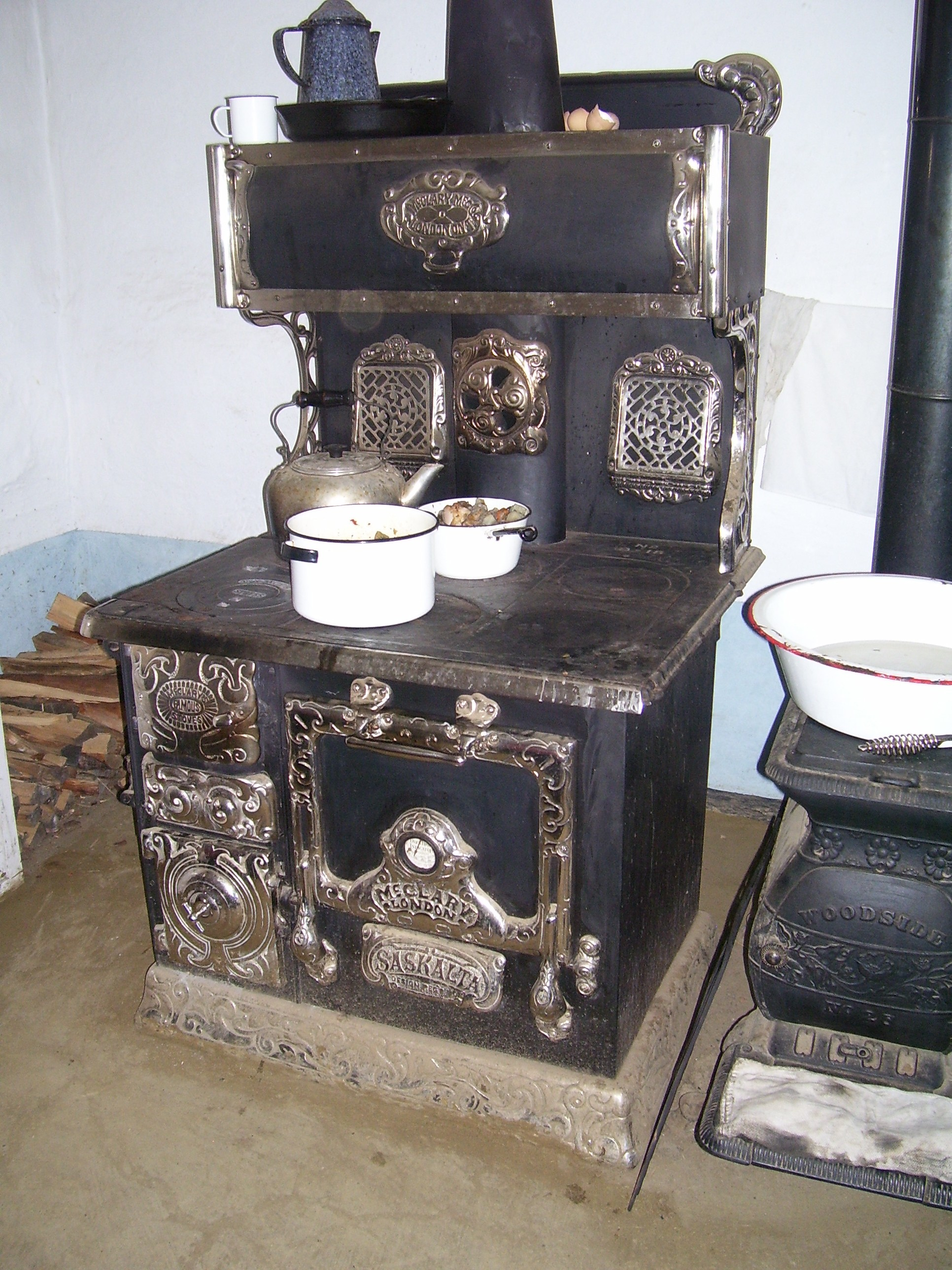 Wood Stove With Oven Photos