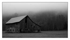 Old Barn by grubbyboy