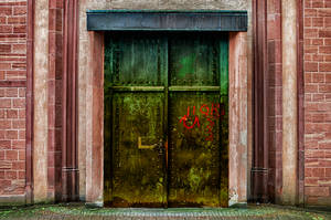 Enter-Deviantart-The-Door by shishas