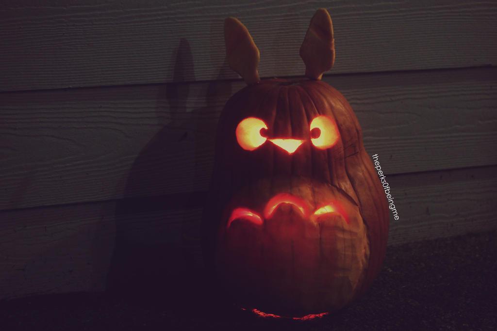 My Pumpkin Totoro by JONASADDICT2