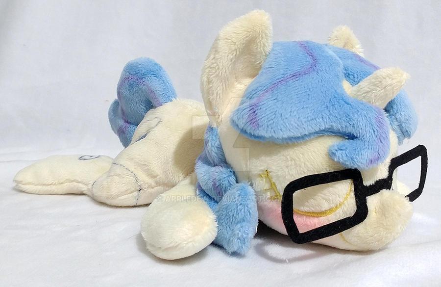OC Eleos Lazy Pony Beanie by AppleDew on DeviantArt