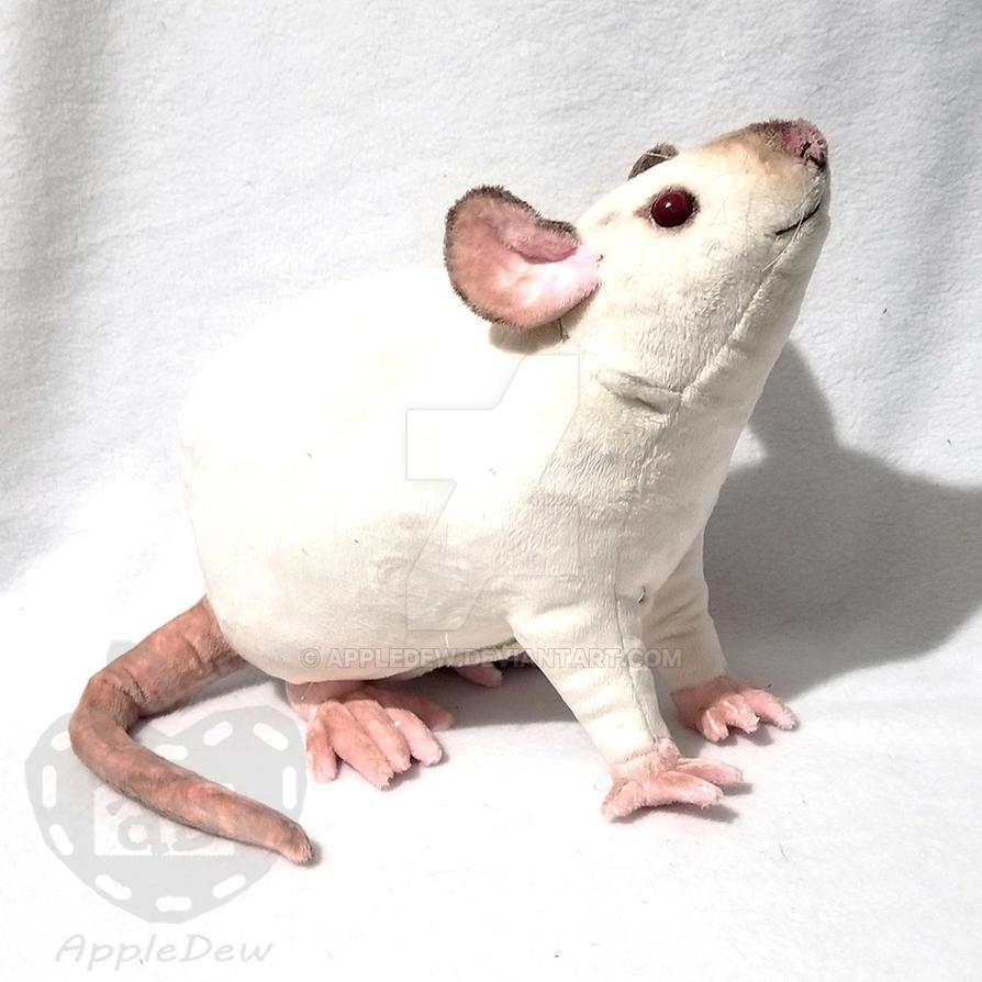 Beanie the Rat Plushie by AppleDew