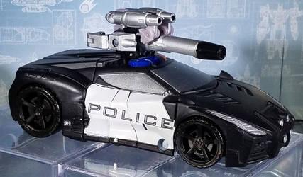 Combiner Wars Barricade - Vehicle Mode