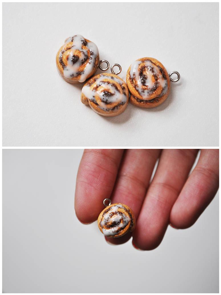 Cinnamon Roll Charms by eserenitia