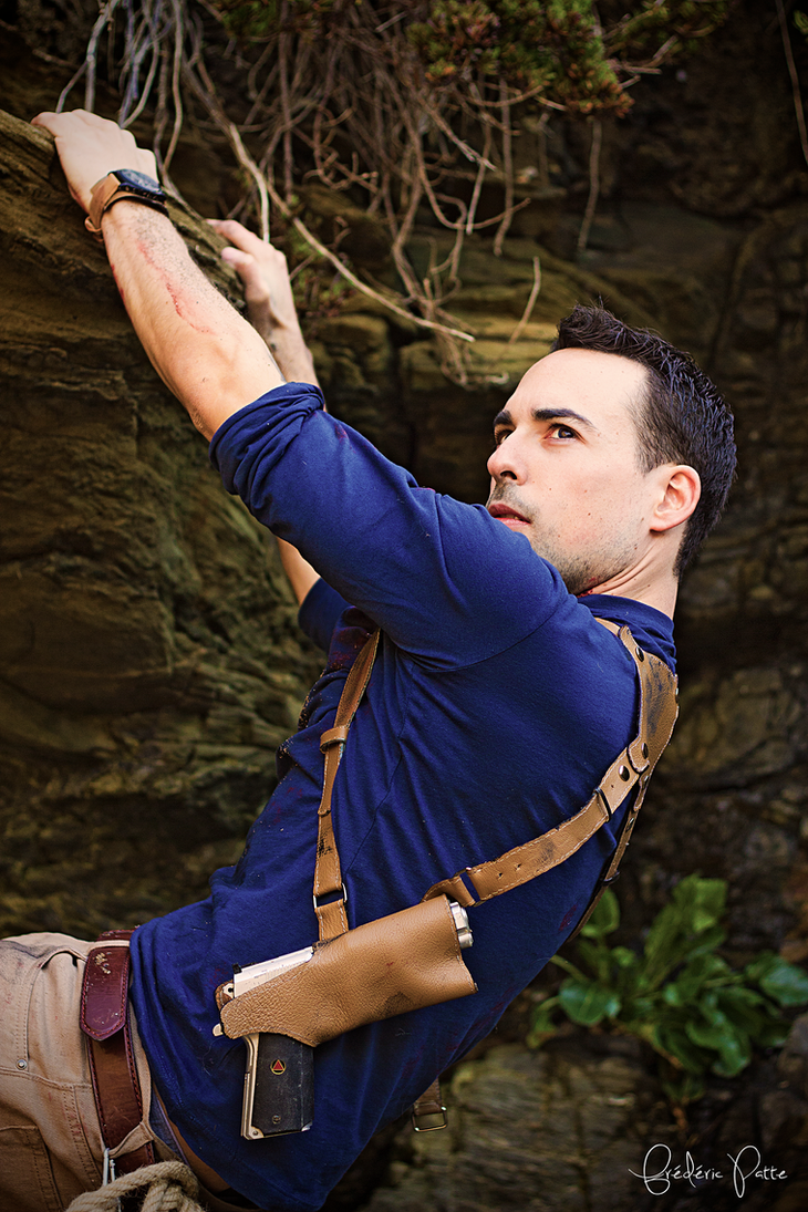 Uncharted 4 cosplay - climbing 2 by James--C