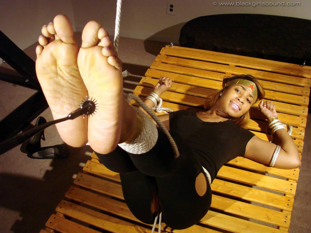 Aether Heroine Soles Torture by pene4