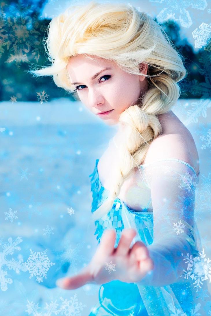 Elsa Cosplay by Ophelia-Noir