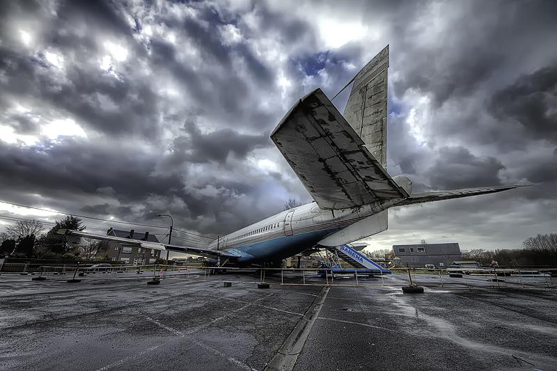 Urbex Plane I by DimitriKING