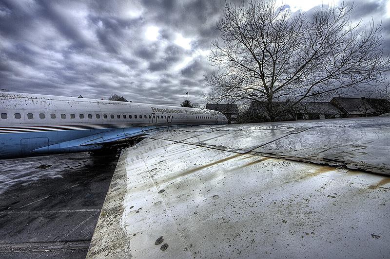 Urbex Plane III by DimitriKING