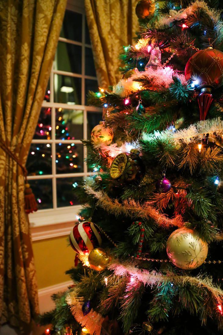 O Christmas Tree by ESCanime