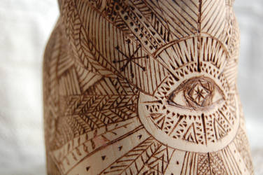 wooden totem - bear 4