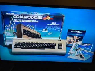 1984 Commodore 64 computer pic
