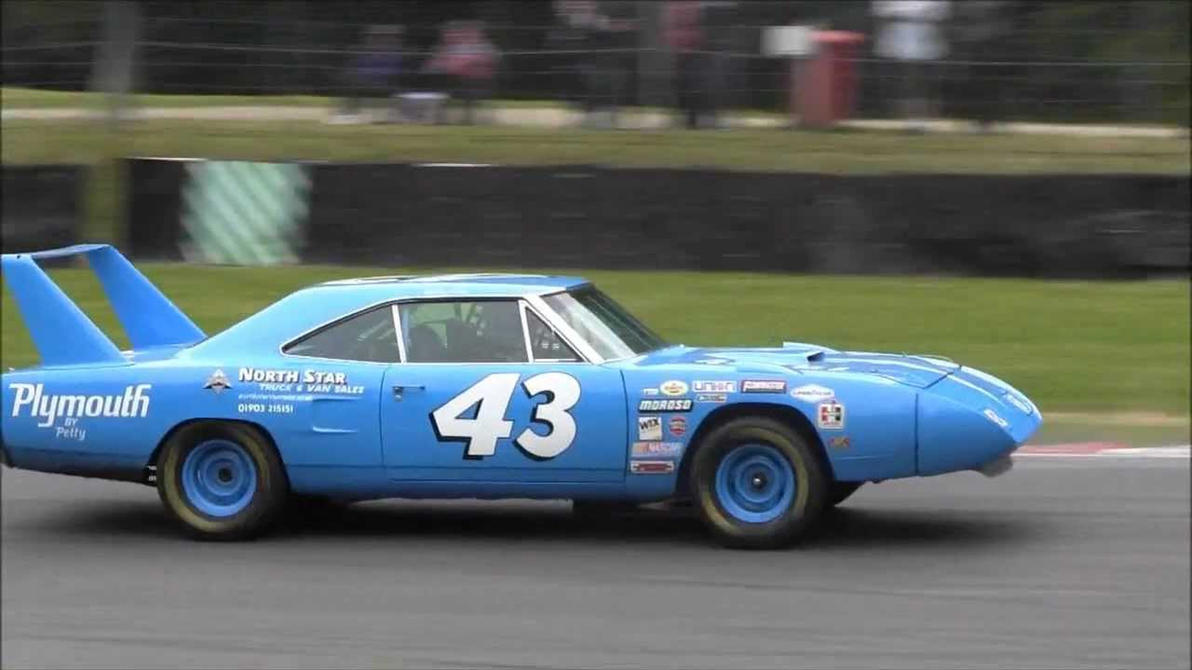 1970___plymouth_superbird_richard_petty_