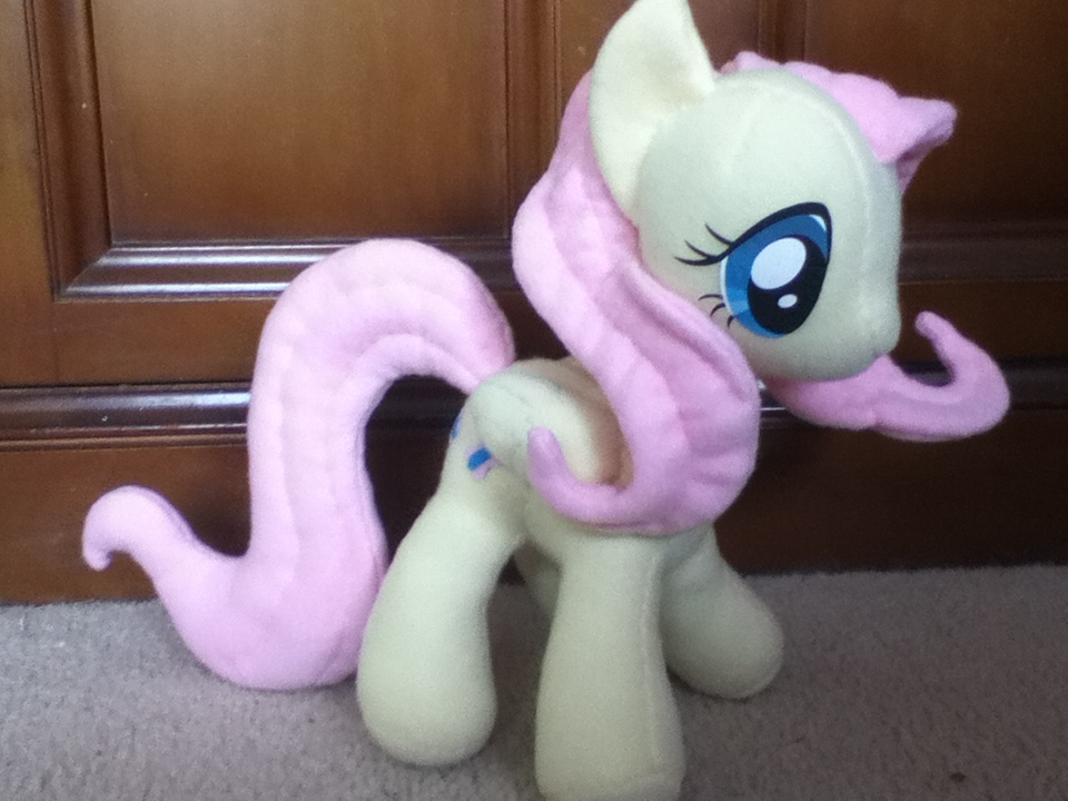 Fluttershy Plush v.1 by MintyStitch