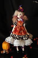 Autumn Girl by Jonisey